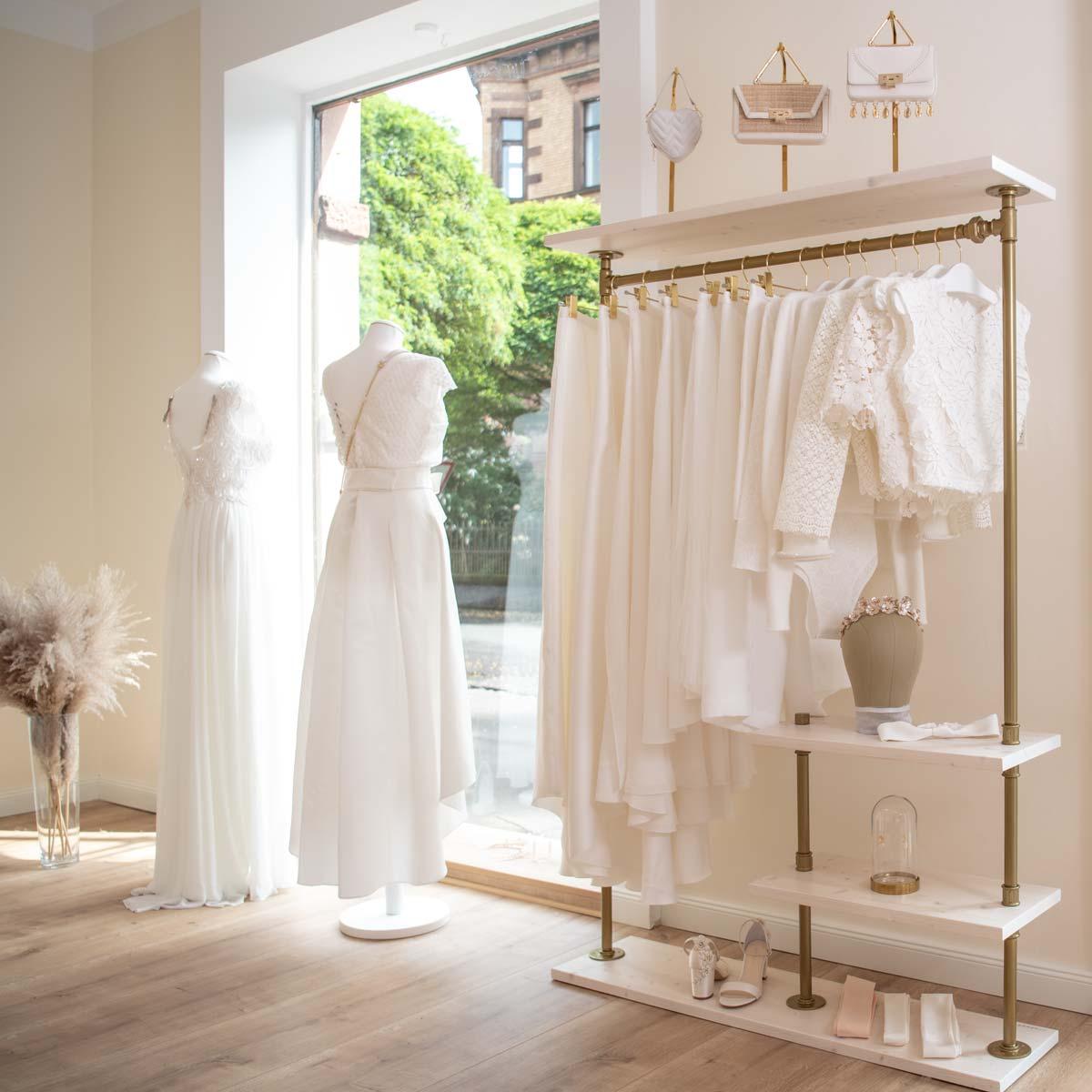Moderne Brautkleider